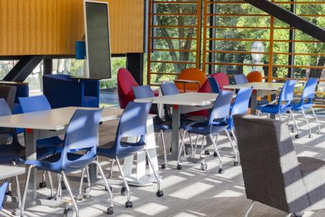 Tech Lounge seating